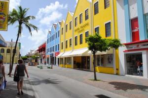 Oranjestad Main street