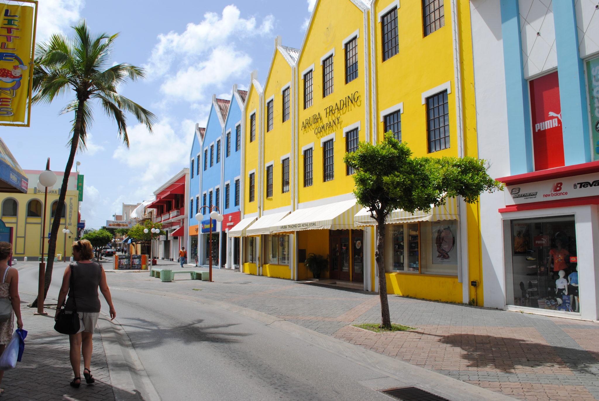 Oranjestad Main steet